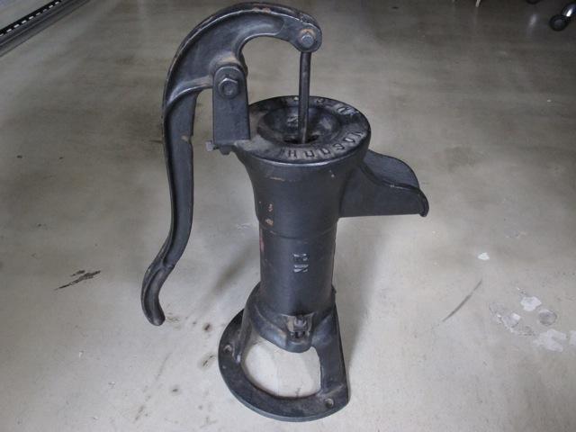 画像1: Water Hand Pump