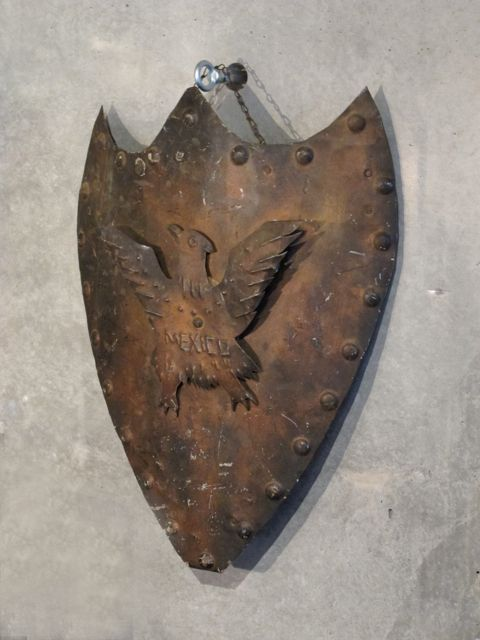 画像1: Vintage Metal Shield