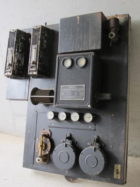 画像1: Industrial Meter Panel