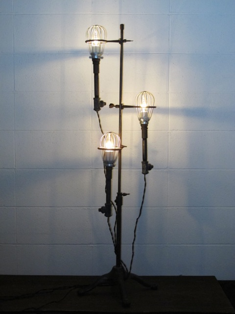 画像1: Three Cage Trouble Light Lamp